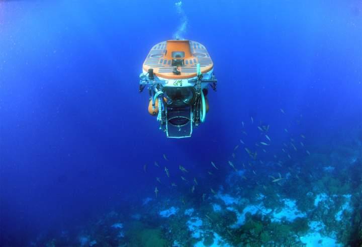 Submarine Dive at Substation Curacao